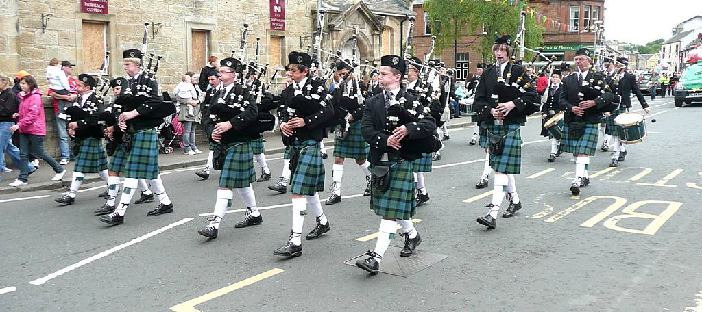 Another pipe band