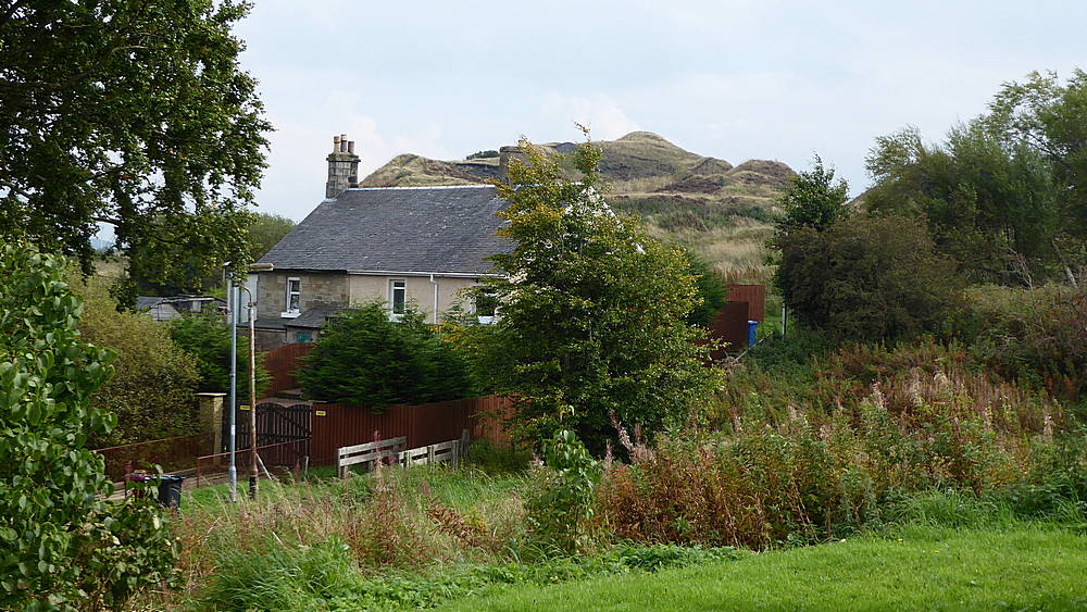 Cottages by former railway line at end of School Road. 26th September