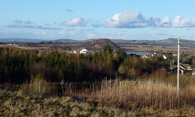 View of Coalburn and no 9 Bing