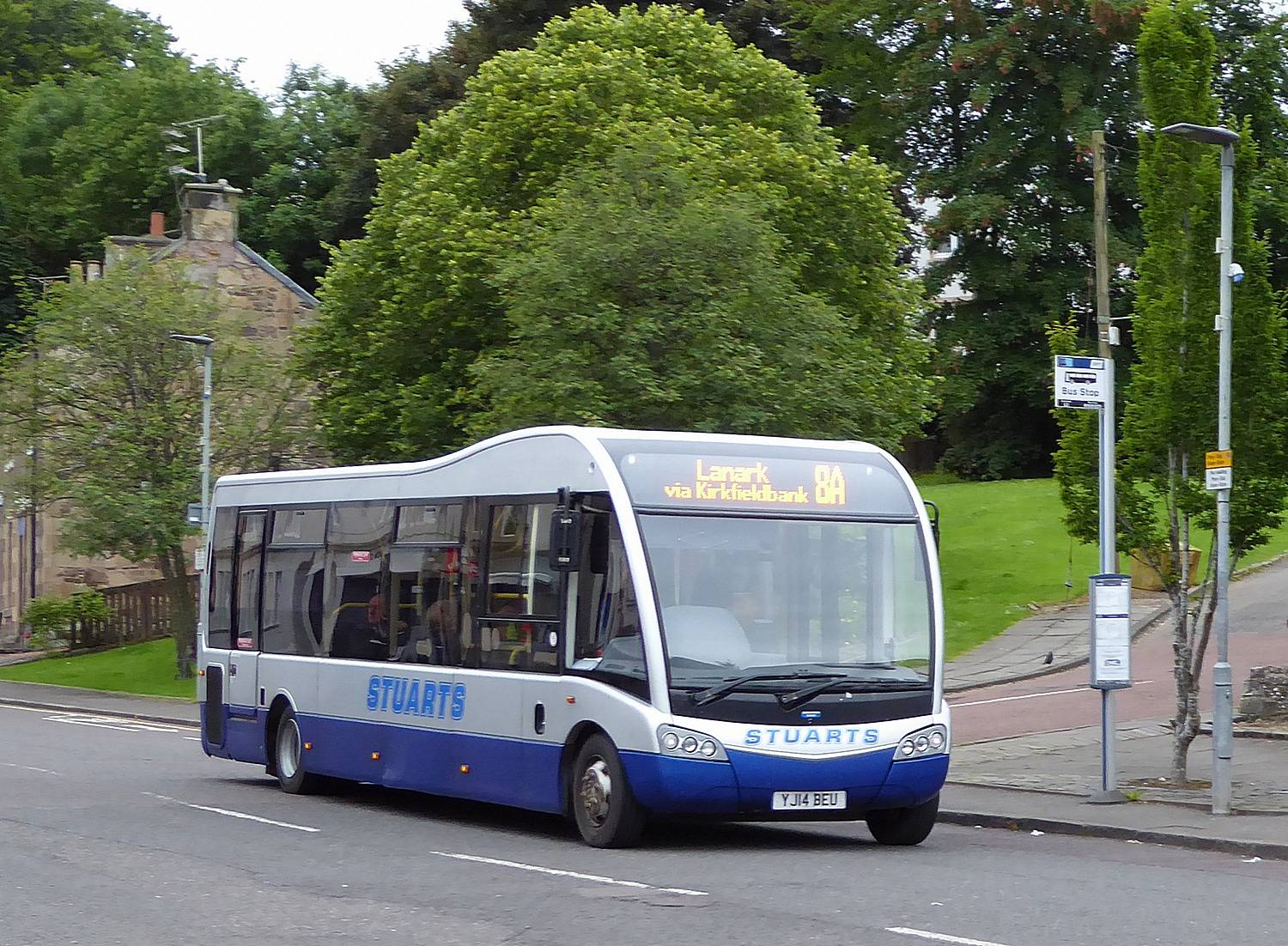 8A bus at Old Brae