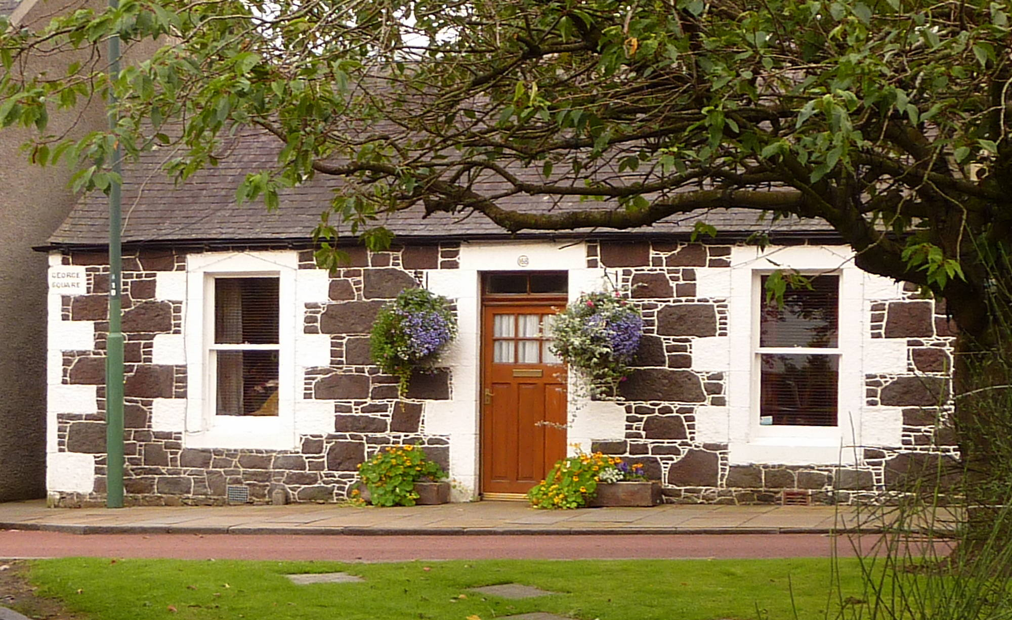 Cottage in Biggar Main Street