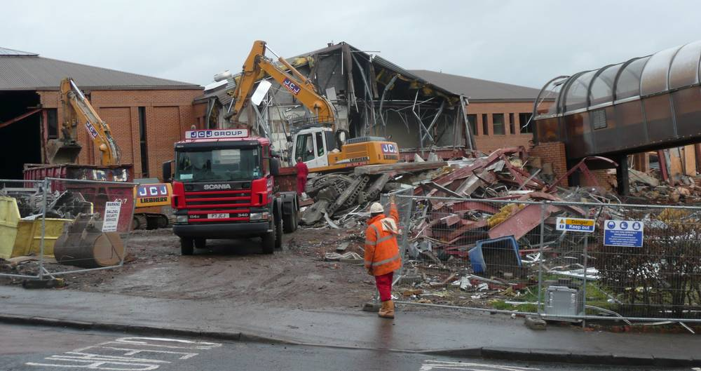 Demolition of the newer part of the old school