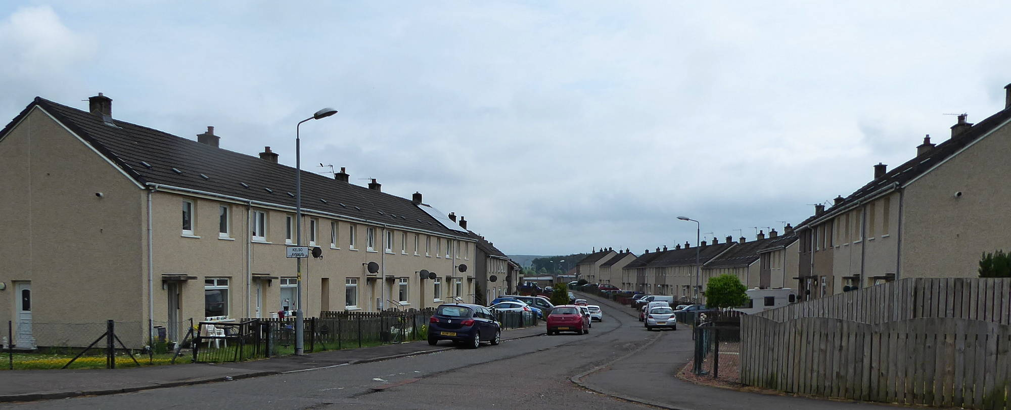 Kelso Avenue from junction with Balgray Road