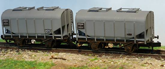 Grain Wagons with Data Panels