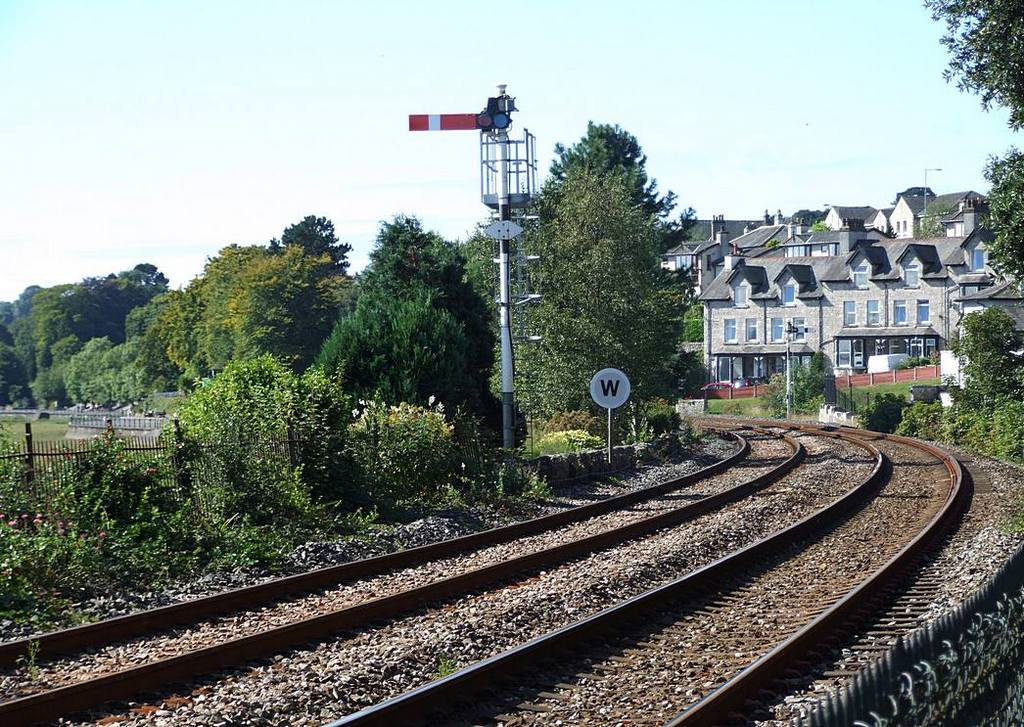 Signal to the west of Grange-over-Sands Station. Date 5th Sept 2007.